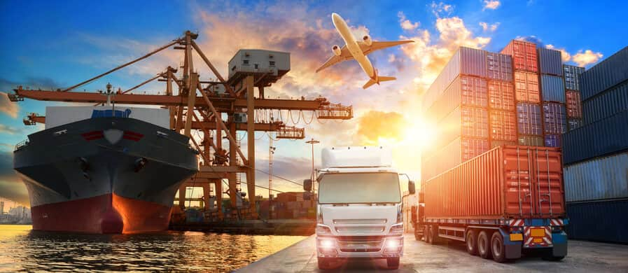 Why to Use a Freight Forwarder?